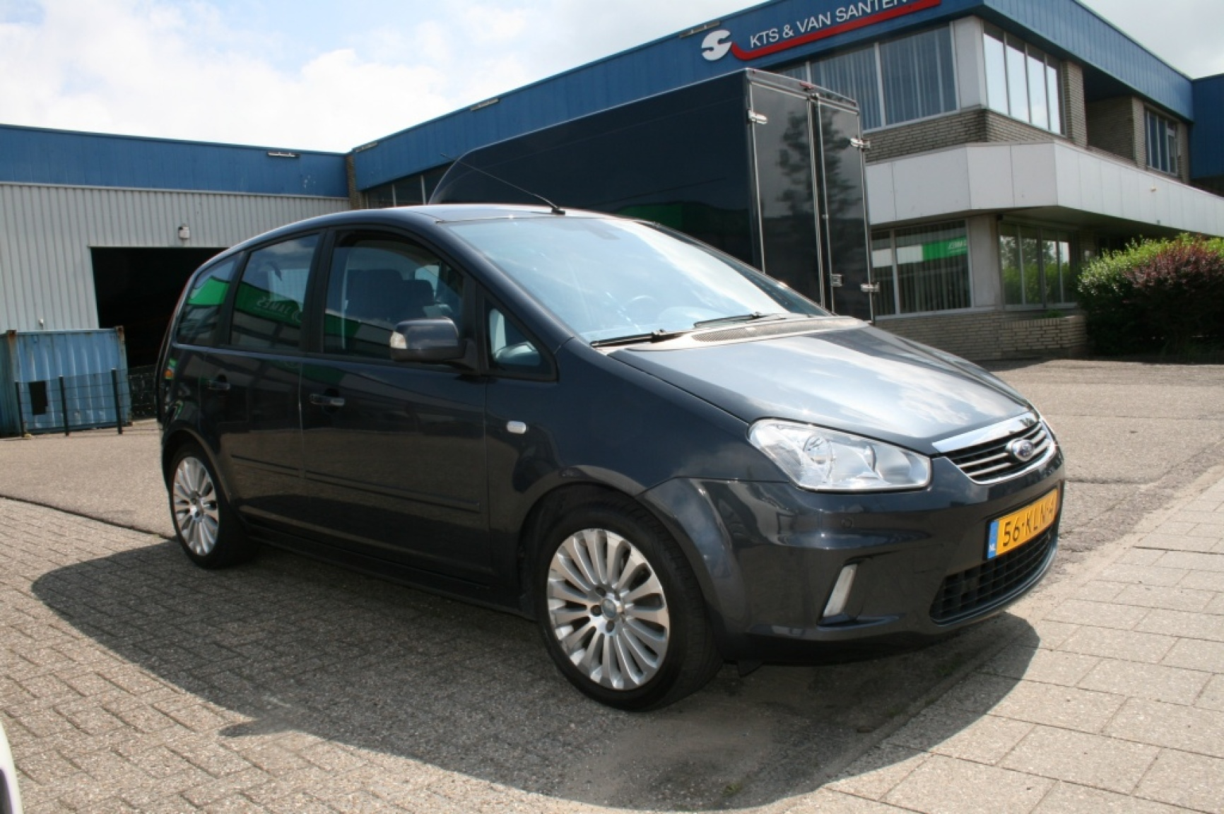 Ford-C-MAX-5