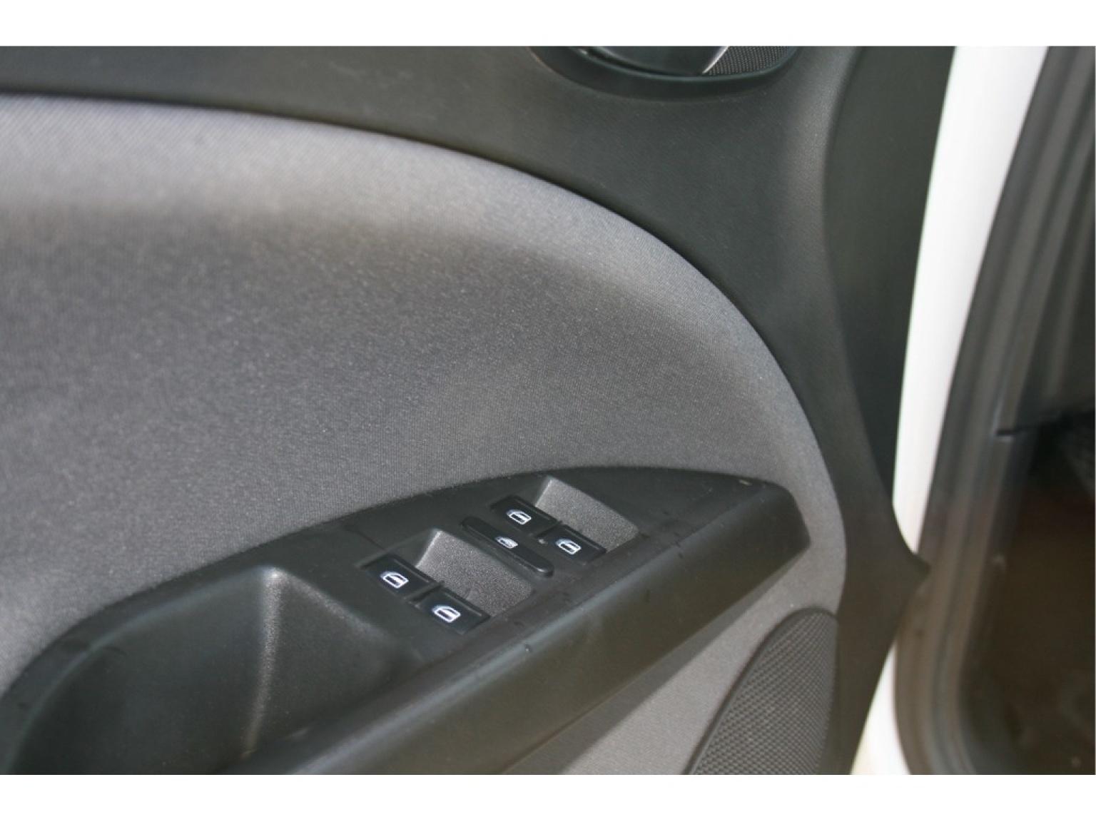 SEAT-Altea-16
