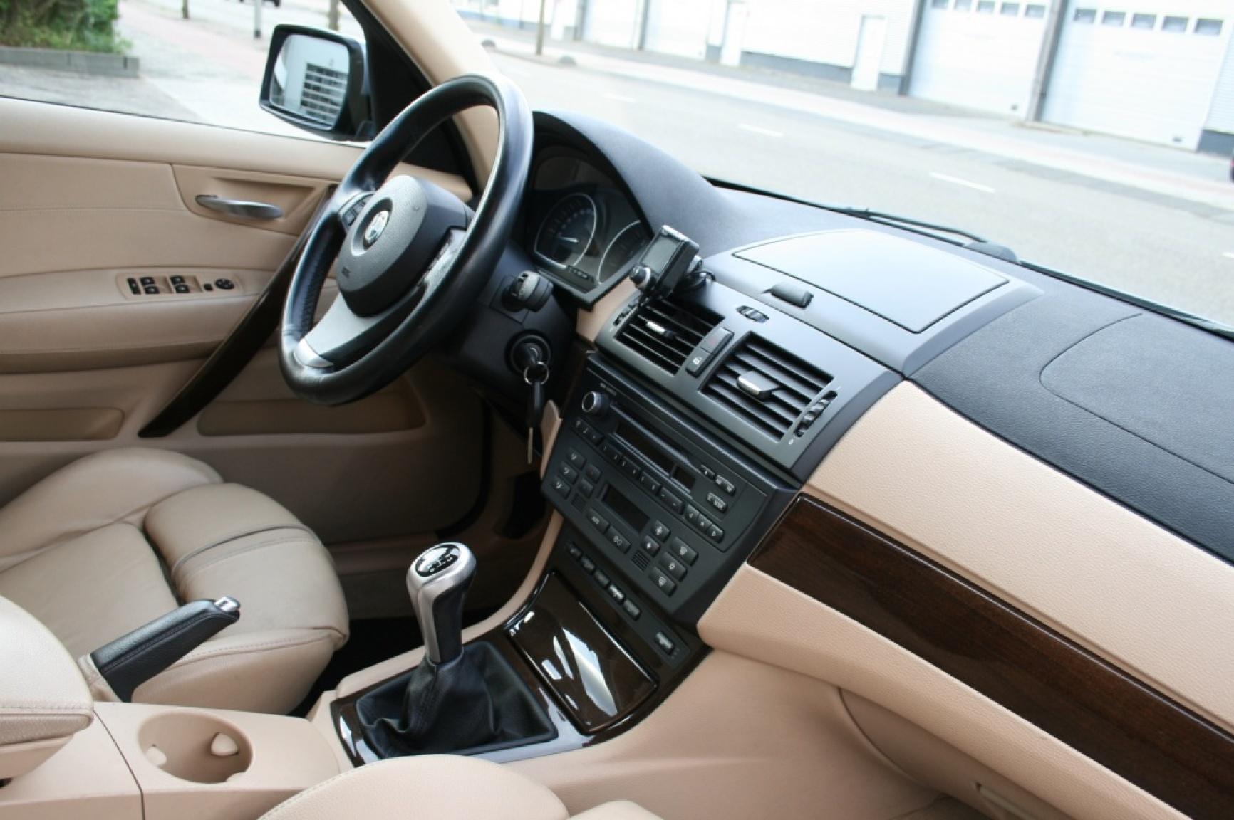 BMW-X3-17