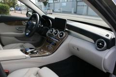 Mercedes-Benz-C-Klasse-15