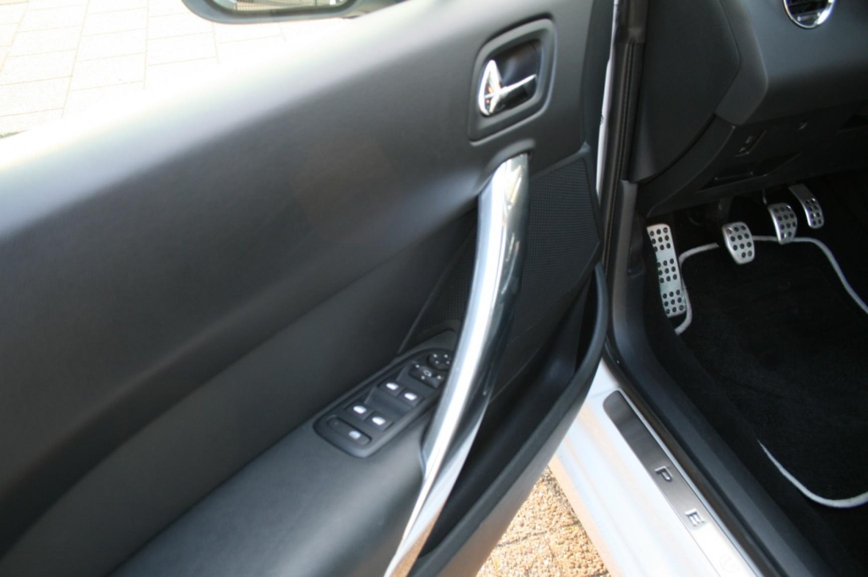 Peugeot-308-11